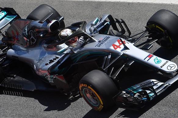 Lewis Hamilton Mercedes Barcelona F1 test 2018