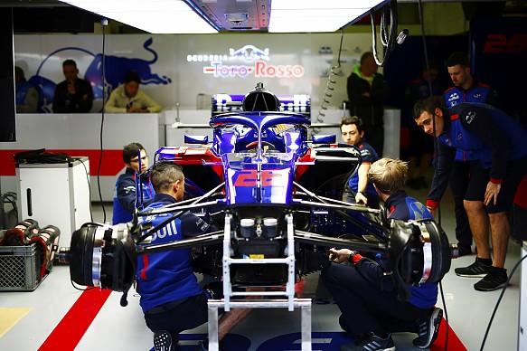 Toro Rosso garage