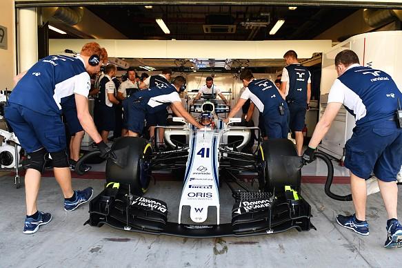 Sergey Sirotkin Williams F1 test Abu Dhabi 2017