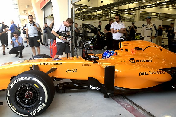 Fernando Alonso Bahrain 2013 McLaren F1 test 2018