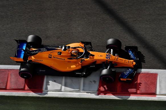 Carlos Sainz Jr McLaren F1 testing 2018