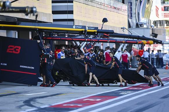 Alex Albon damage Russian GP qualifying 2019
