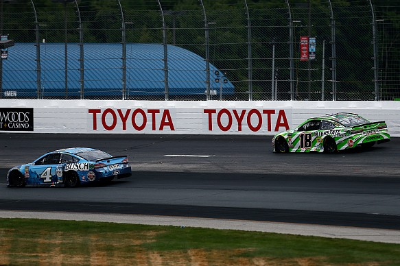 Kevin Harvick and Kyle Busch New Hampshire NASCAR 2018